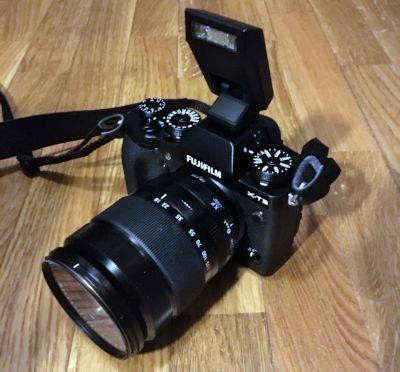 Fujifilm X-T3 flash in dotazione
