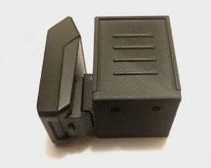 I miei accessori fotografici: contenitore batterie con attacco flash